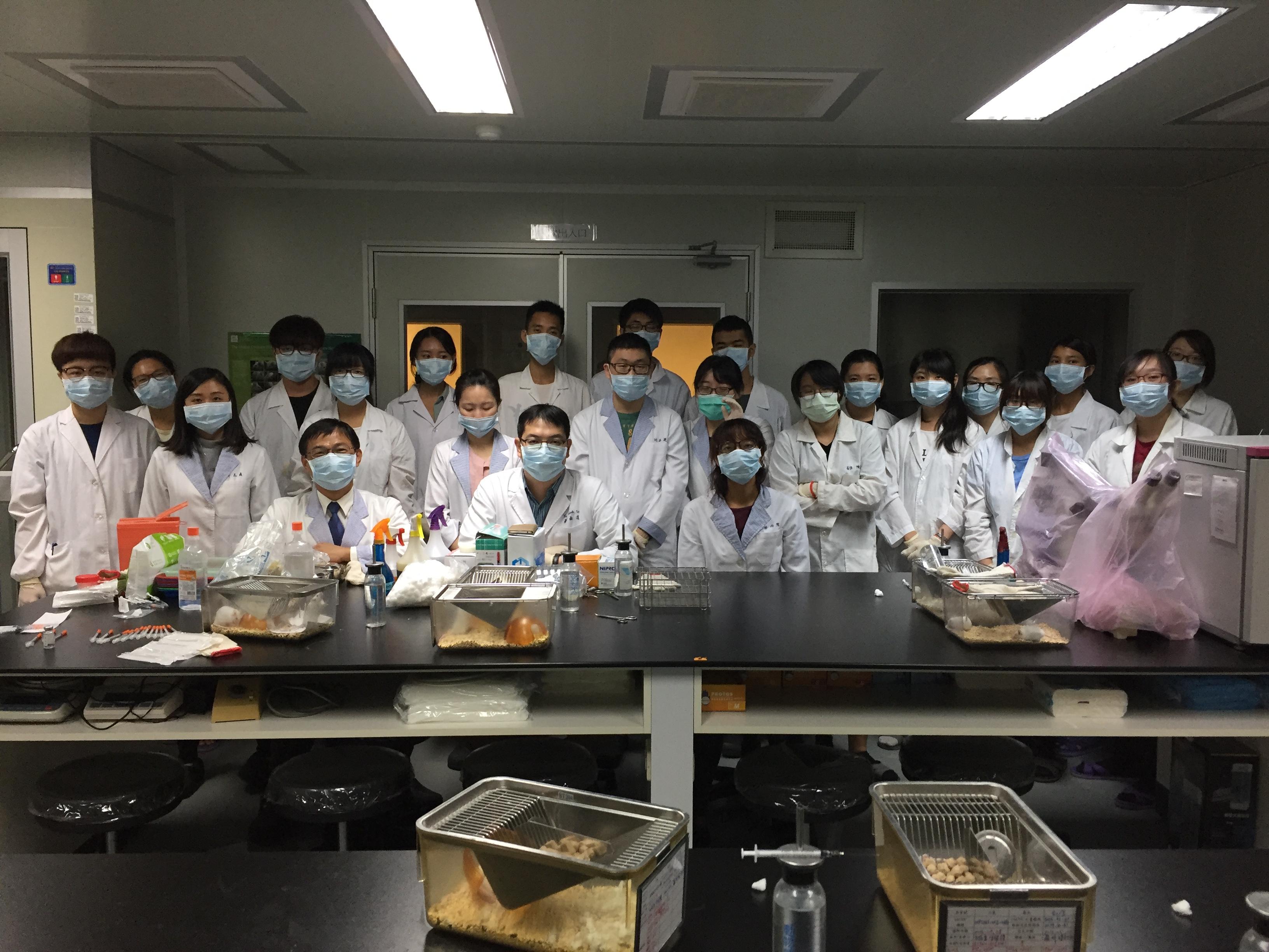 106年11月19日106年度第1學期小鼠實驗動物操作技術課程