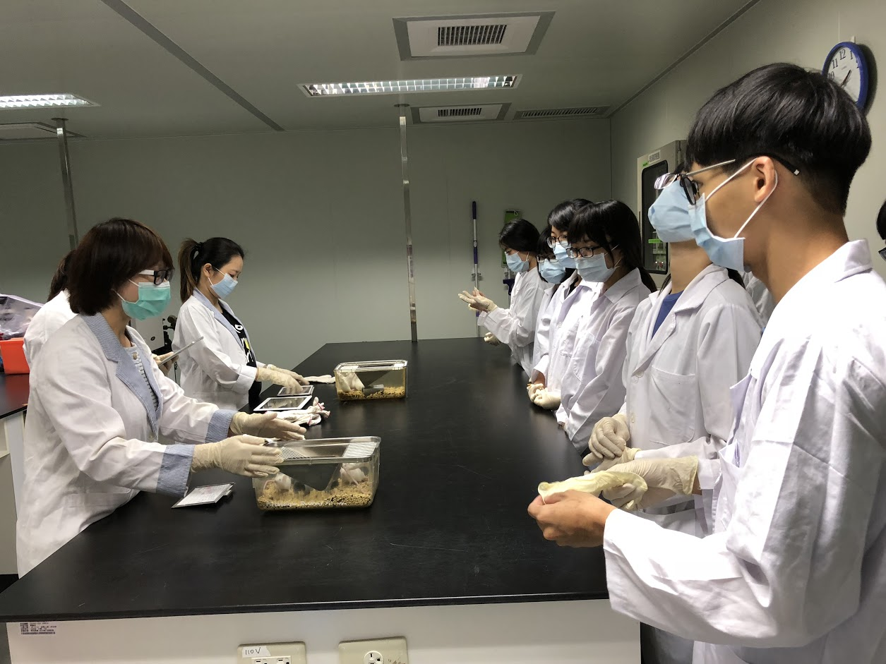 107年04月29日106年度第2學期小鼠實驗動物操作技術課程